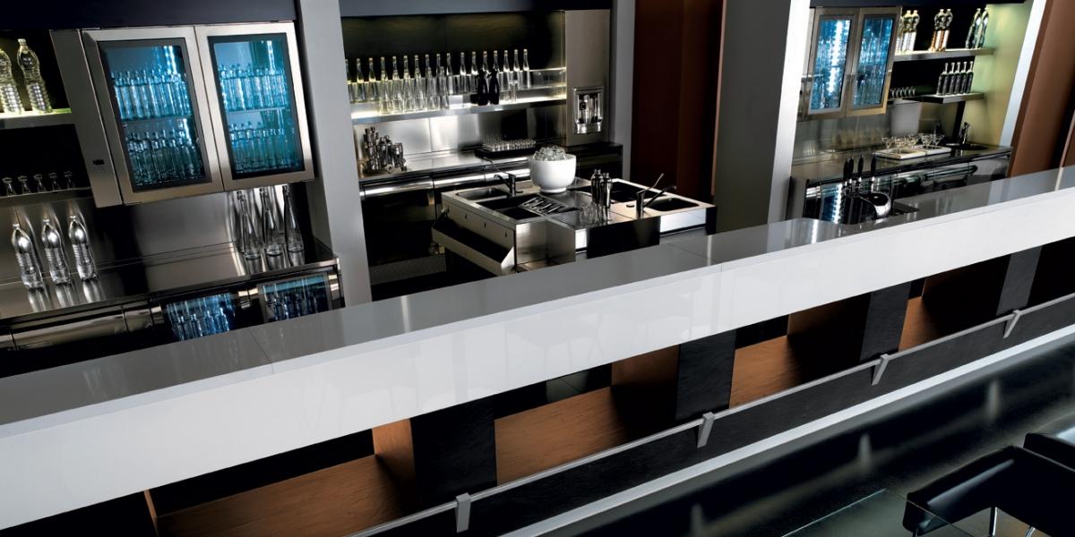 Platinum ifi concept si ma arredamento di interni per for Negozi arredamento vercelli